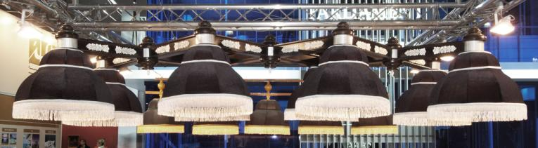Светильник бильярдный для стола 12 футов Черный лебедь
